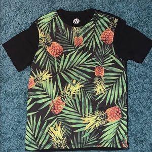 Men's Medium Hybrid T-Shirt